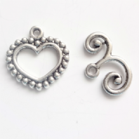 10 Sets Tibetan Silver Heart Toggle Clasps